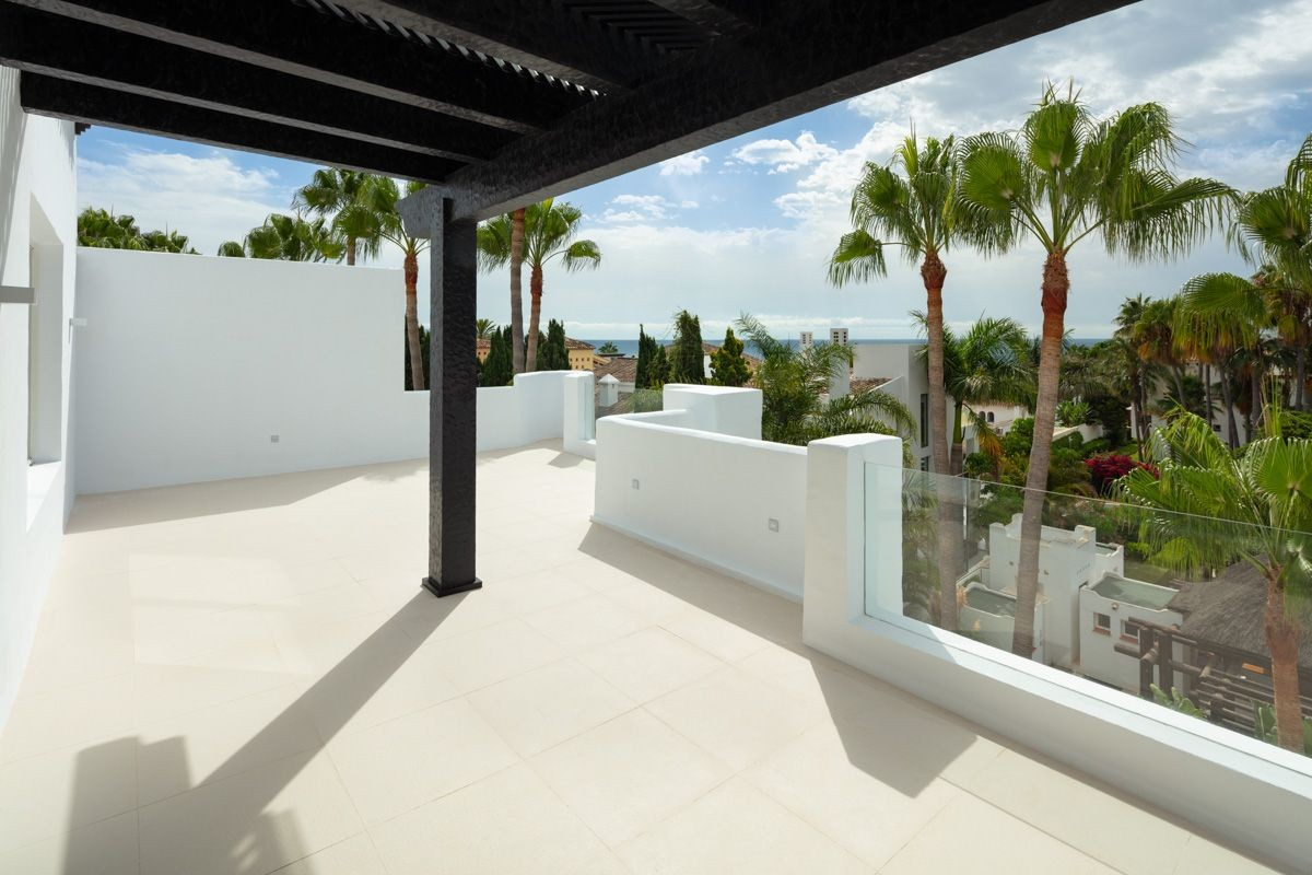 Penthouse in Marbella - Resale in Lexington Realty